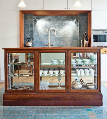 Love this #30: A vintage-style kitchen island