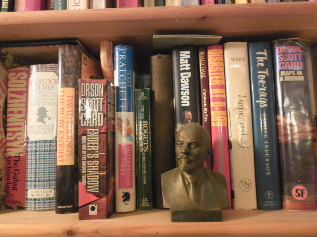 What does your bookcase say about you? » Keynko - A crafty family