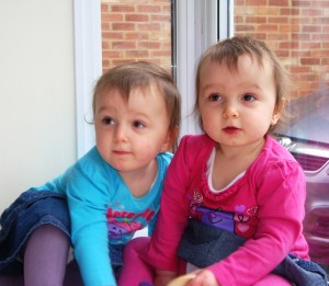 Encouraging Individuality In Twins - twinstiarasandtantrums.com