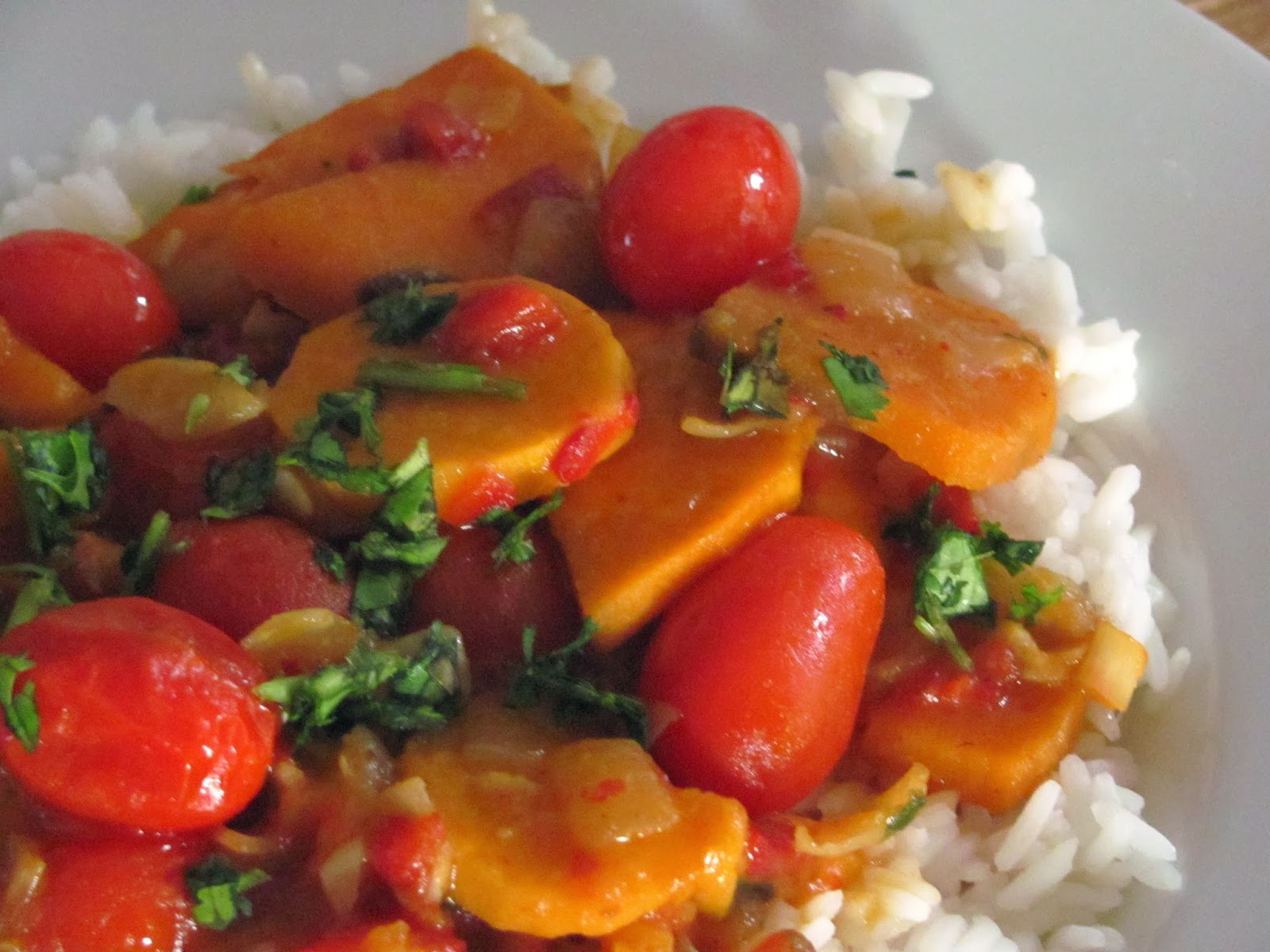 Sweet potato curry with cherry tomatoes