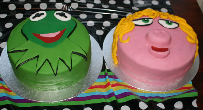 kermit the frog and miss piggy muppets birthday cakes