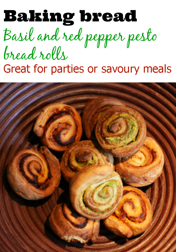Basil and Red Pepper Pesto Bread Rolls