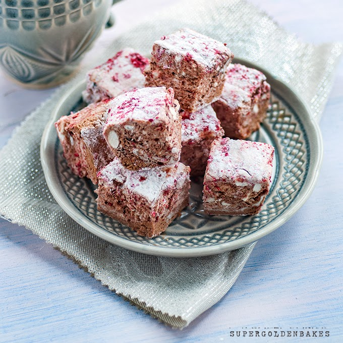 Raspberry chocolate marshmallows