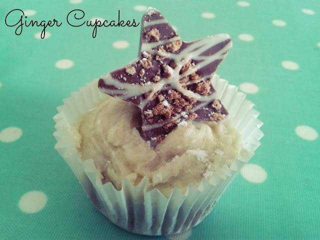 Ginger Cupcakes with Chocolate Gingerbread Stars {Recipe & Review}