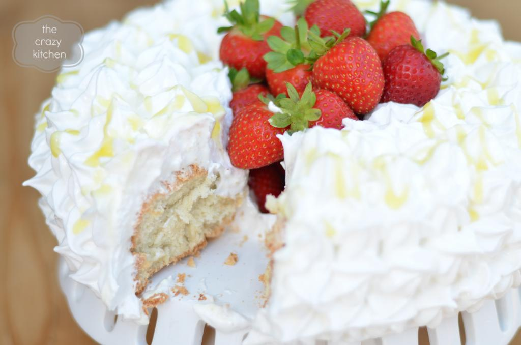 The Great Bloggers Bake Off - Week 1 - Angel Food Cake