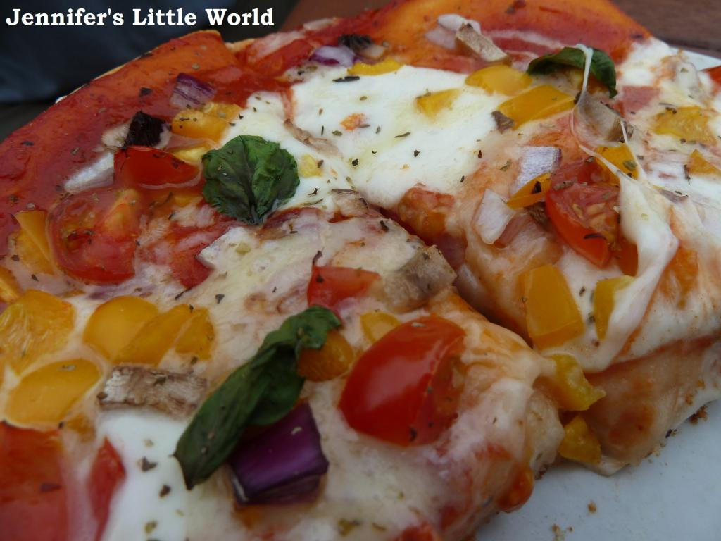 How to cook pizza on the barbecue #charcoalchallenge