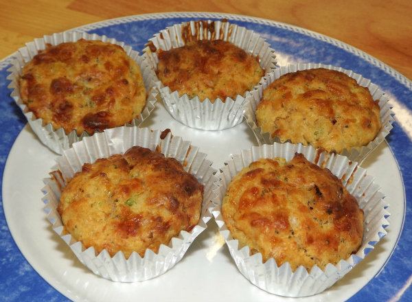 Baby Broccoli Muffins with sun-dried tomatoes
