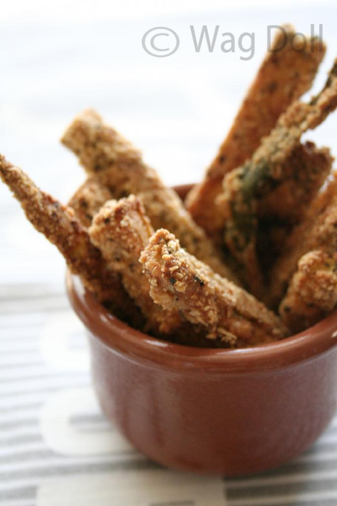 Baked Zucchini Fries - Totally Clean Courgette Chips!