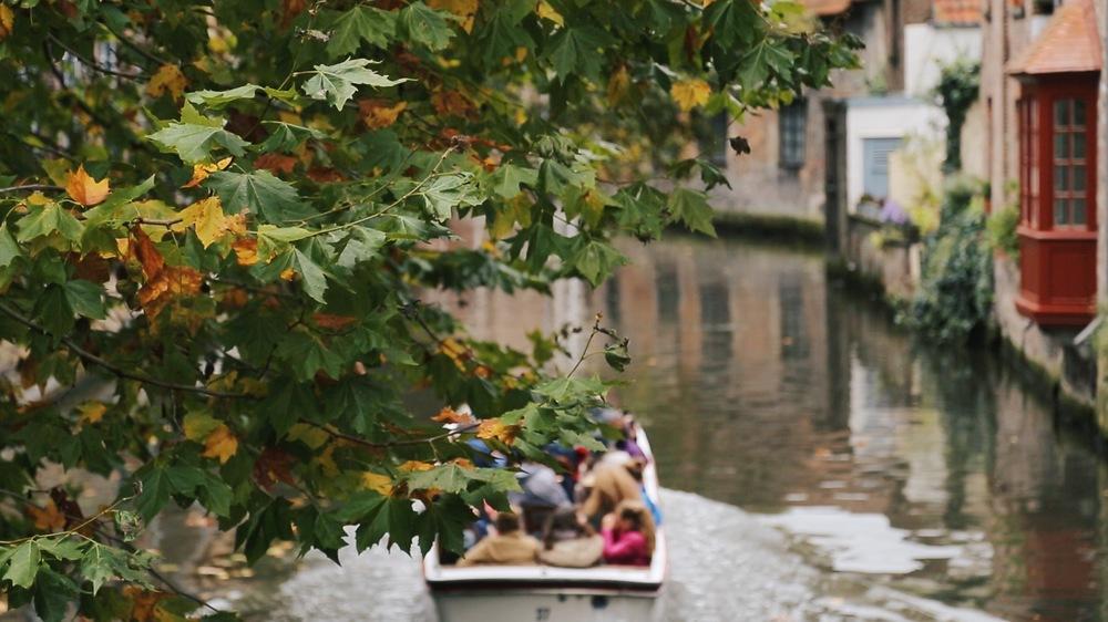 bruges canal tour