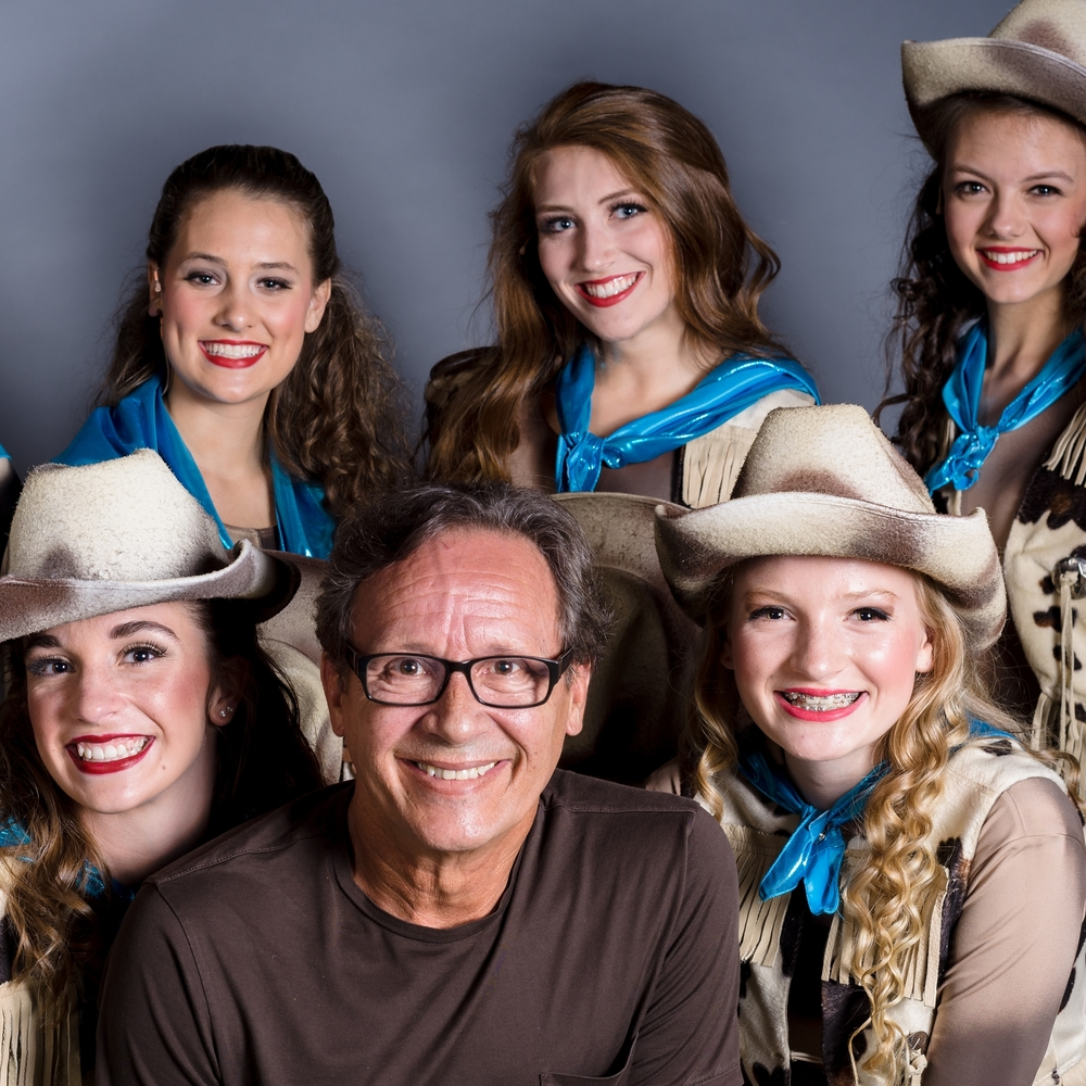 Alexandra Henderson, Avery Hoederman, Wilker Ballantine, Skylar Vanderhaar, director and choreographer Ron Chisholm, Andi Creech