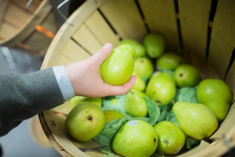 pears-e1435596163664.jpg