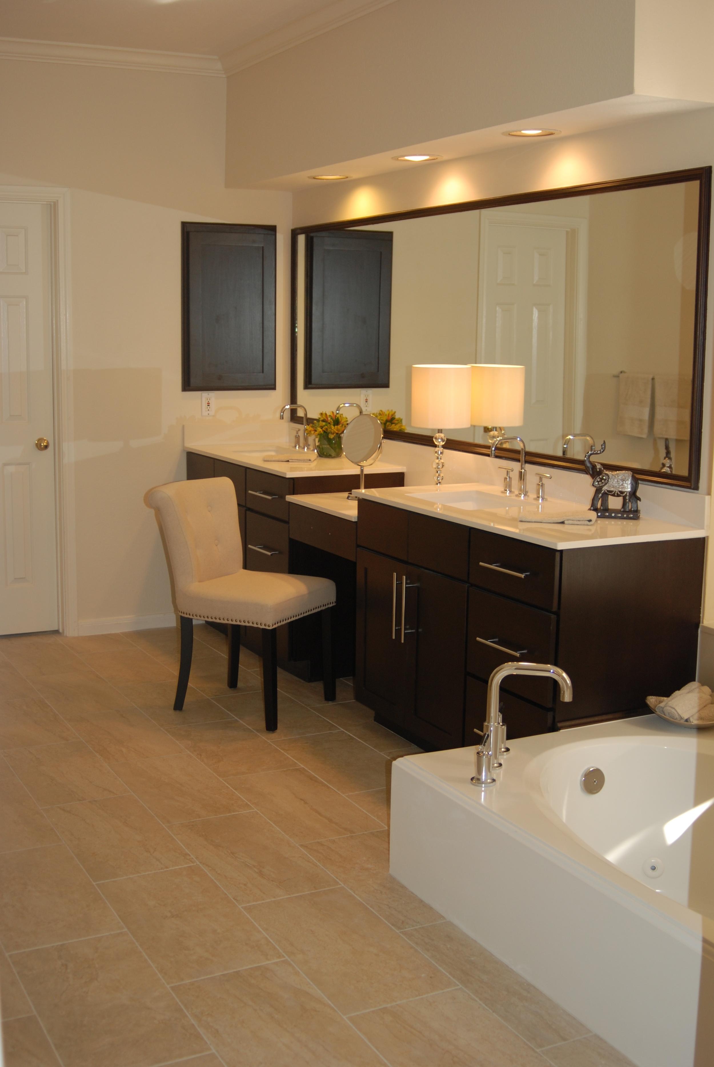 Dark Wallpaper Bathroom To Luxury Hotel Bathroom Whodid It Design