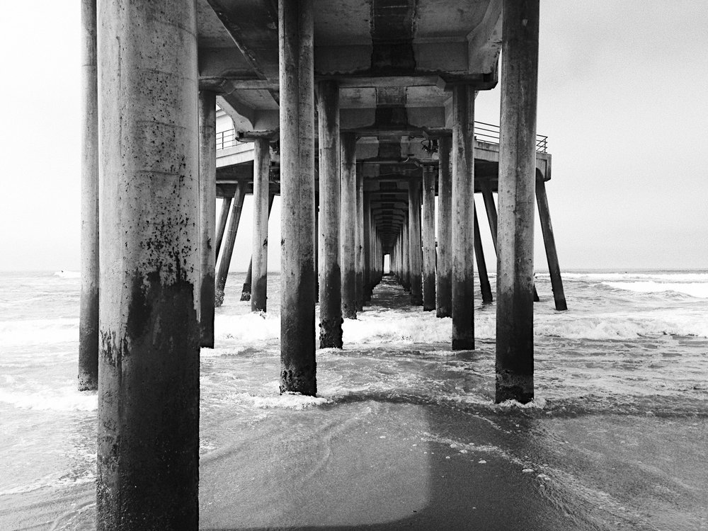 Huntington Beach, CA. via taylorkristiina.com
