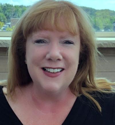 Anne McGovern ,CBA - Owner of Elegant Balloons