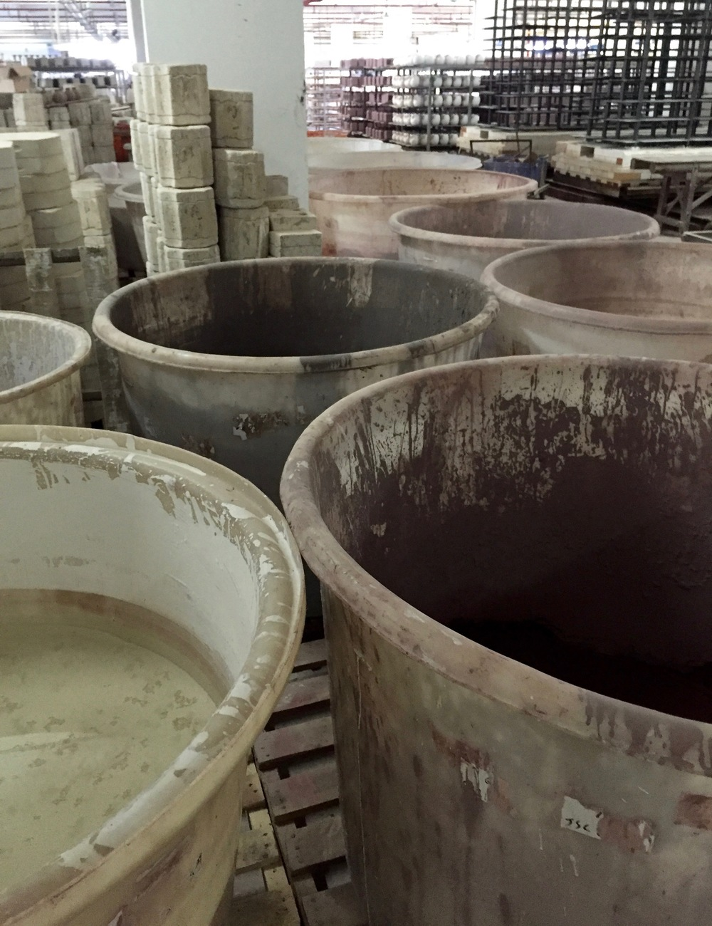 Glaze buckets