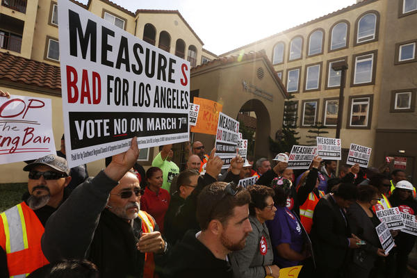 Construction workers at a rally for the No on S campaign. Voters will decide the fate of the measure on Tuesday March 7th. Photo via LA Times.