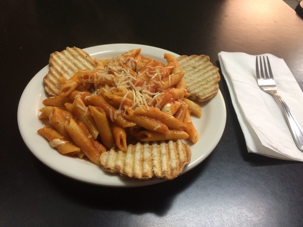 """The pasta at the place that may or may not be named """"Espresso Bar"""" is unquestionably better than Pestolini's offering down the street — in fact, most edible things are. Photo by Dan Johnson."""
