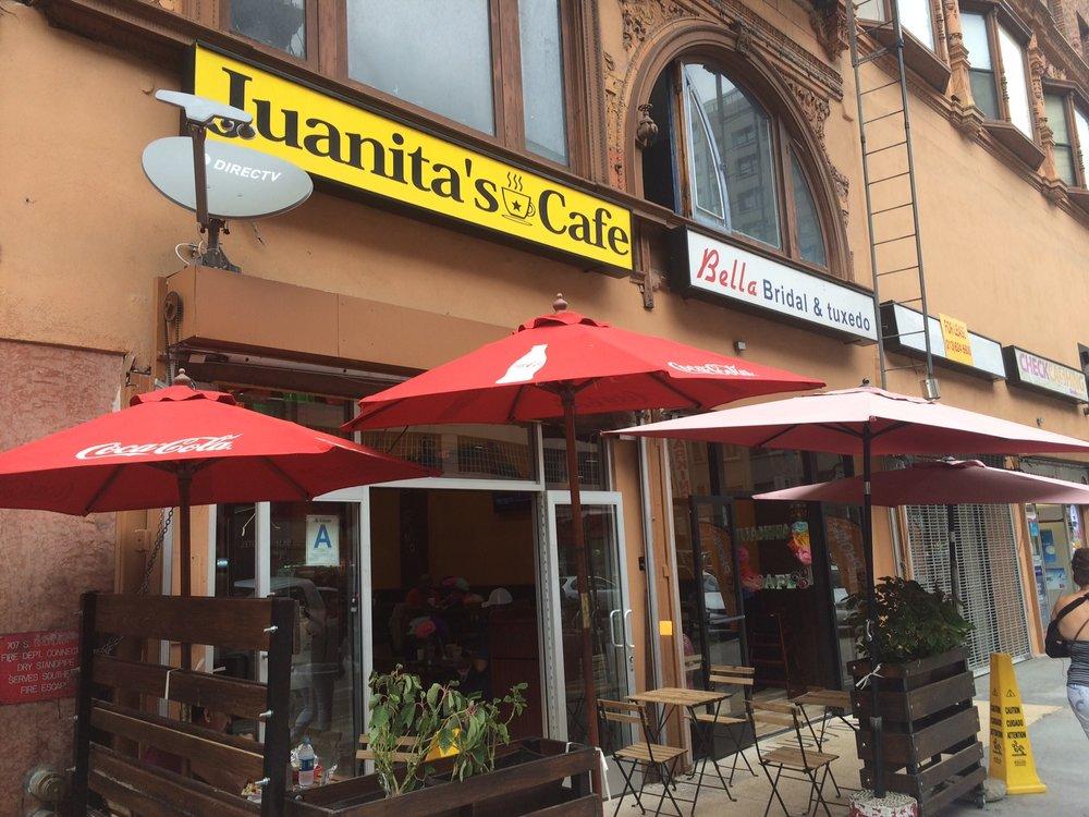 In the blue corner.... JUANITA'S CAFE!!! Photo by Dan Johnson.