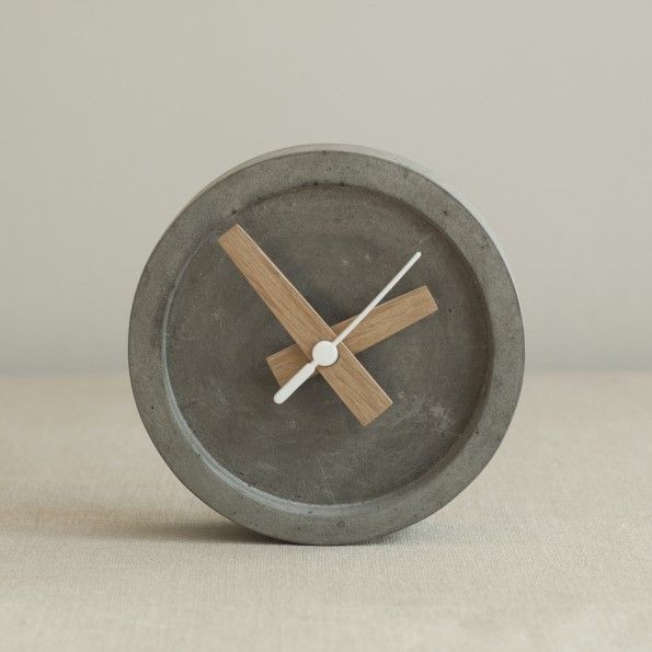 WS-grey-table-clock-front1-595x595.jpg