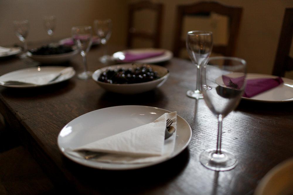 #5-b Palazzo Pointer breakfast table ready.jpg
