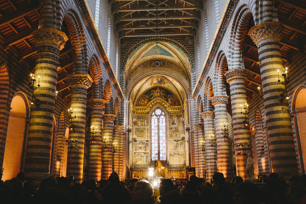 5 Duomo inside.jpg