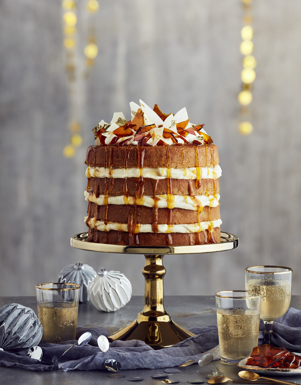 HN festive feasting cake