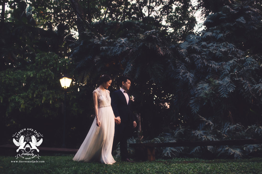 Hannah & Amos - PostWedding - Blog (7 of 8).jpg