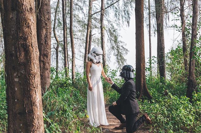 When you end up with two huge fans of Star Wars and decide to do a fun shoot out in the forest! Totally fun and it was just completely inspiring with Finna and Laird to do something a little out of the ordinary for a prewedding shoot! One thing we'd never thought about was the different levels of Star Wars replica masks, all the way up to hundreds of dollars for movie grade replicas! . . . . #bridestory #weddingscoop #sgbrides #sgweddingphotographer #shesaidyes #ido #weddingphotography #sonythemeofthemonth #weddinginspiration #weddinggoals #theknot #buzzfeedweddings #weddingstylist #gettingmarried #bridalideas #bridalcouture #bridegoals #sonylove #yestothedress #dirtybootsandmessyhair #weddingscoop #destinationwedding #weddinginspiration #theweddinglegends #sonysingapore #destinationphotographer #destinationbride #junebugweddings #weddingphotographer #singaporeprewedding