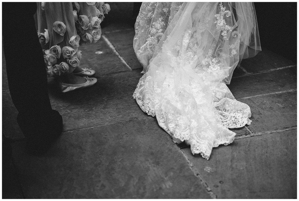 London Alternative Wedding Photographer the Lamb Leadenhall Market-38.jpg
