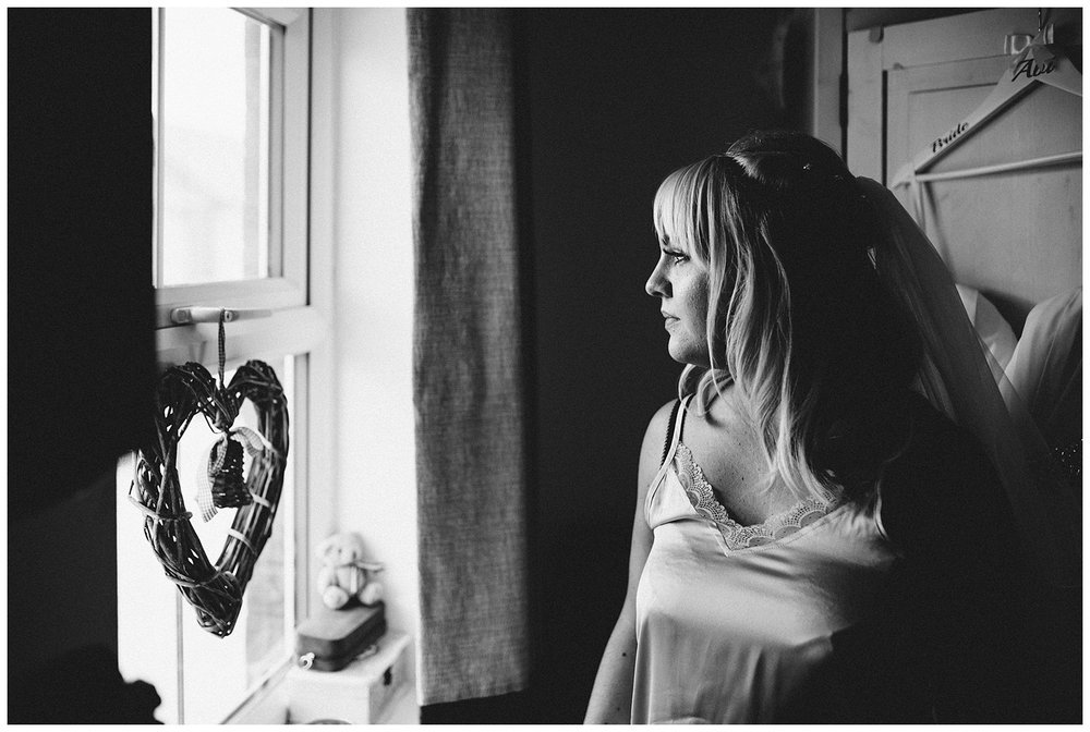 Buckinghamshire alternative wedding photographer_0009.jpg