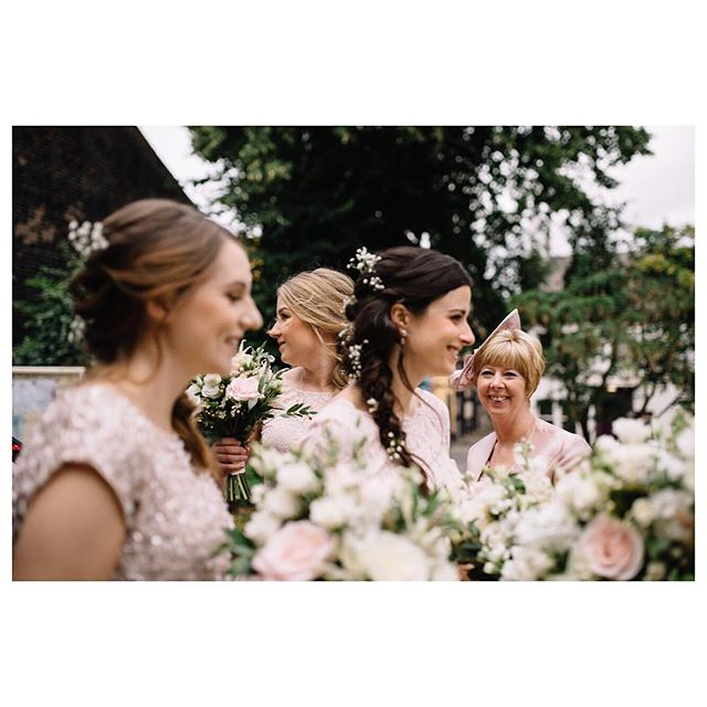 When the bridesmaids and flowers align #framefiller