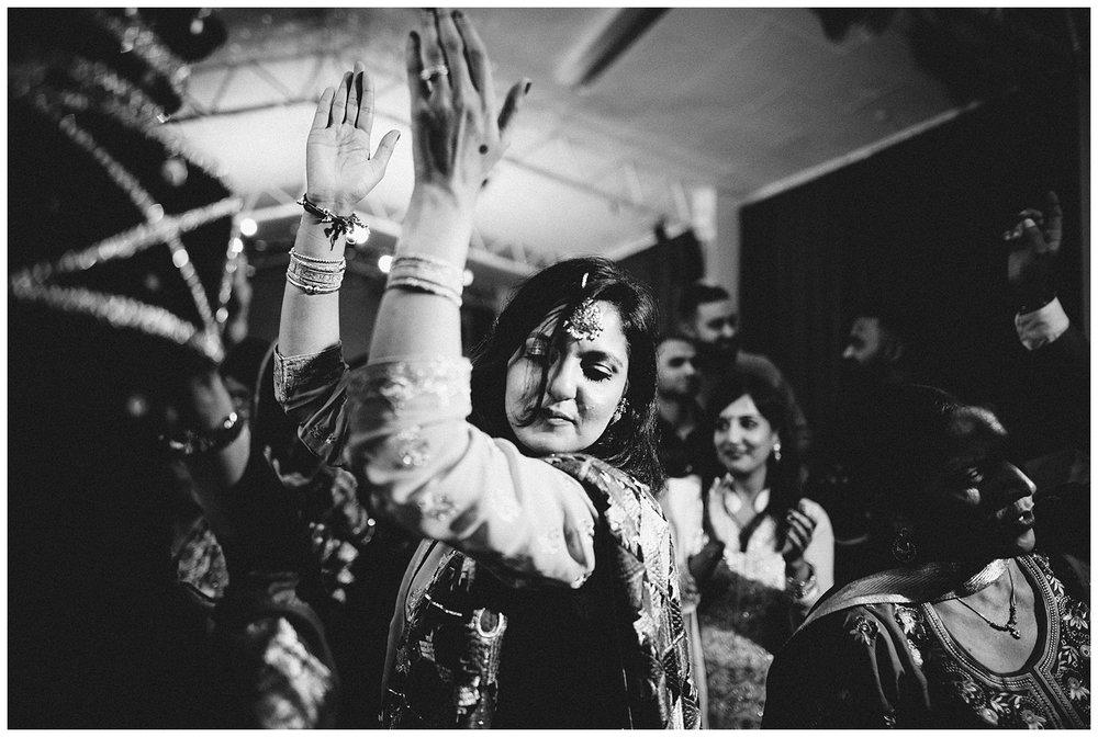 Alternative London Indian Wedding Photographer_0030.jpg