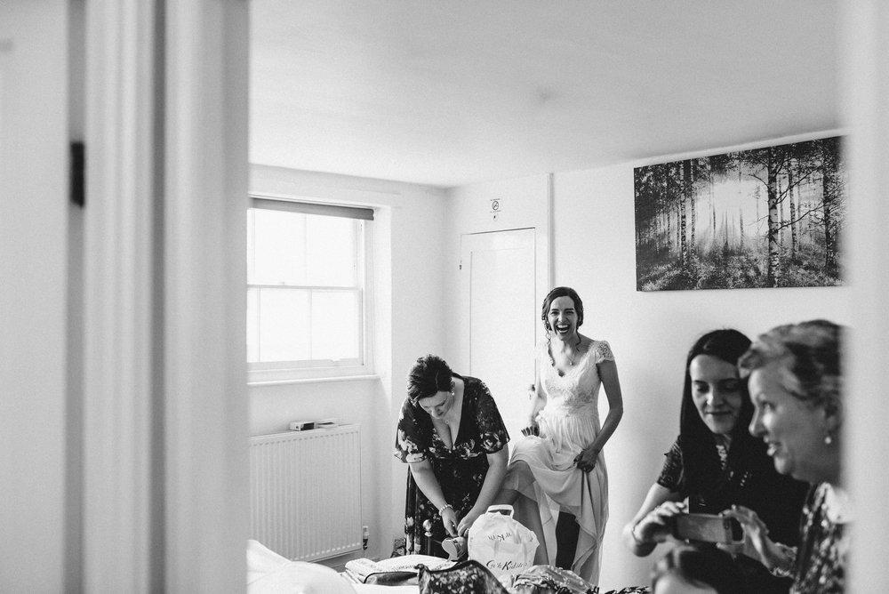 London Alternative Pub Wedding Photographer-9.jpg