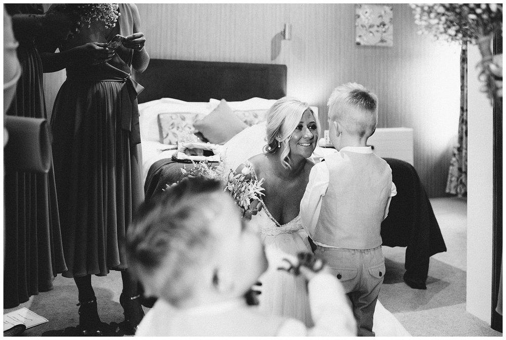 Fawsley Granary Wedding Photographer Joe KIngston-23.jpg
