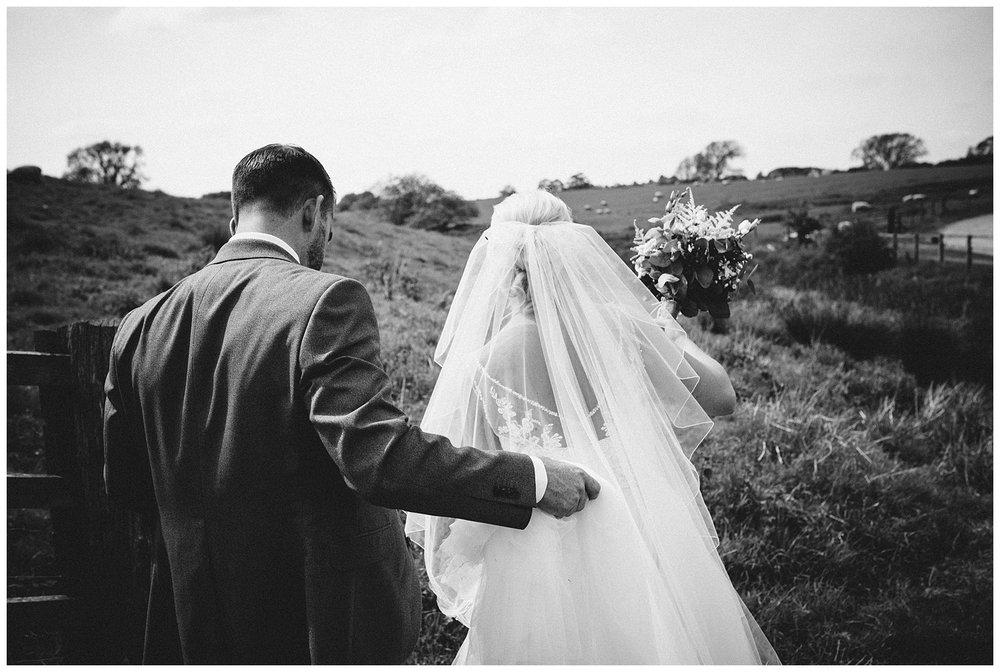 Fawsley Granary Wedding Photographer Joe KIngston-56.jpg