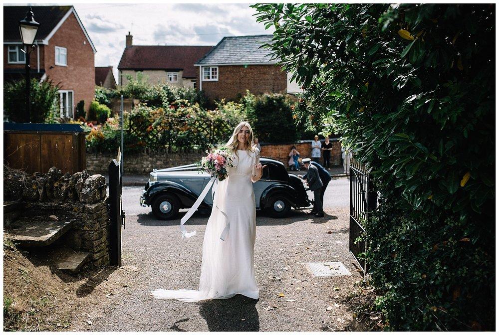 Buckinghamshire Wedding Photographer-21.jpg