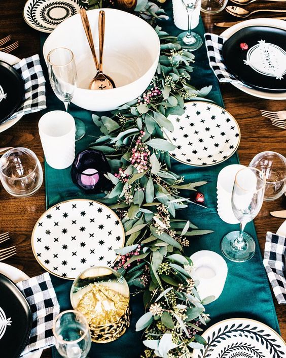 christmas_holiday_tablescape_designed_by_reidy_creative.jpg