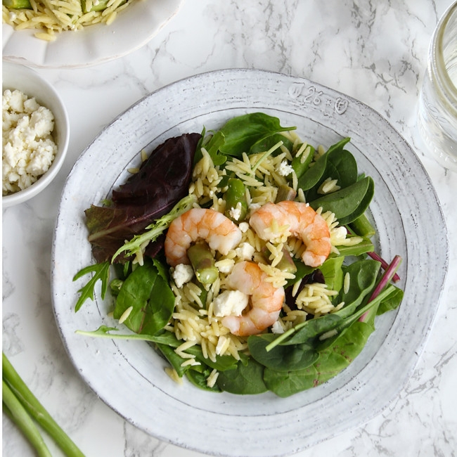 Shrimp & Asparagus Orzo Bowls // Healthy + delicious, easy weeknight recipe.
