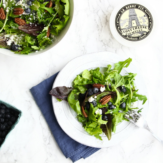 Wild Blueberry Salad // Perfect salad recipe for summer!
