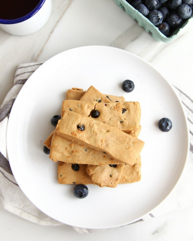 4 Ingredient Blueberry Pie Protein Bars