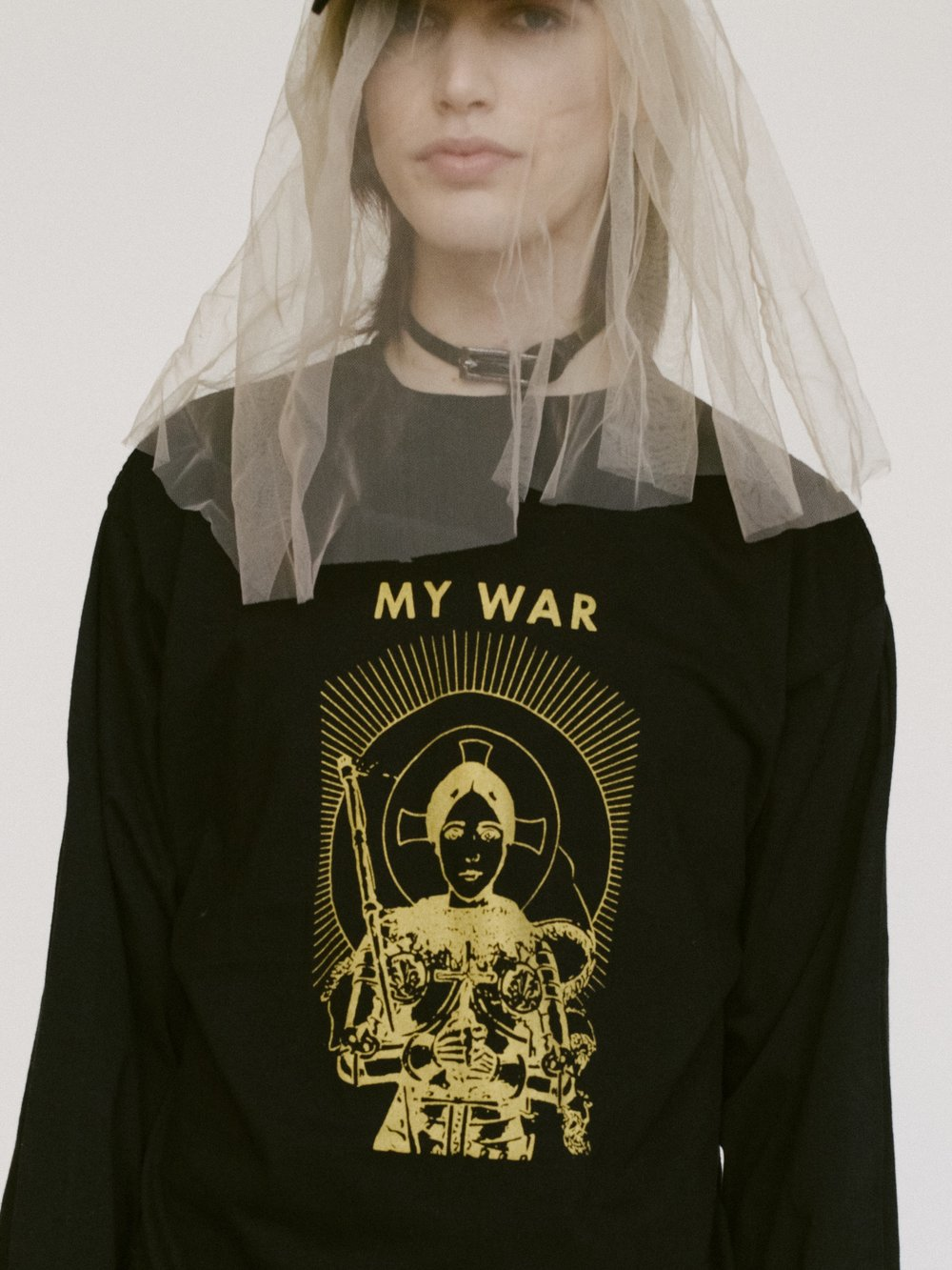AW17 AVIE MY WAR FRONT CLOSE .jpg