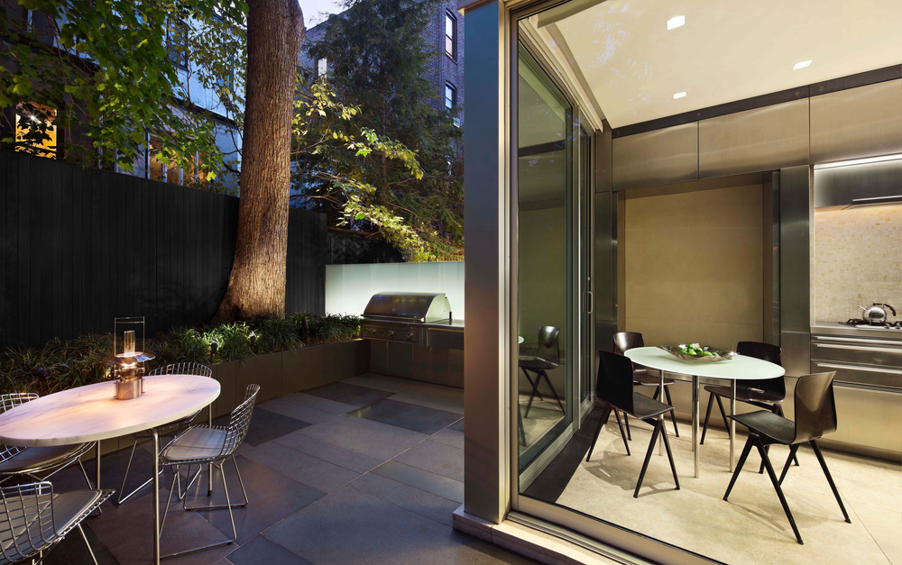 0.07_Private New York Townhouse-2.jpg