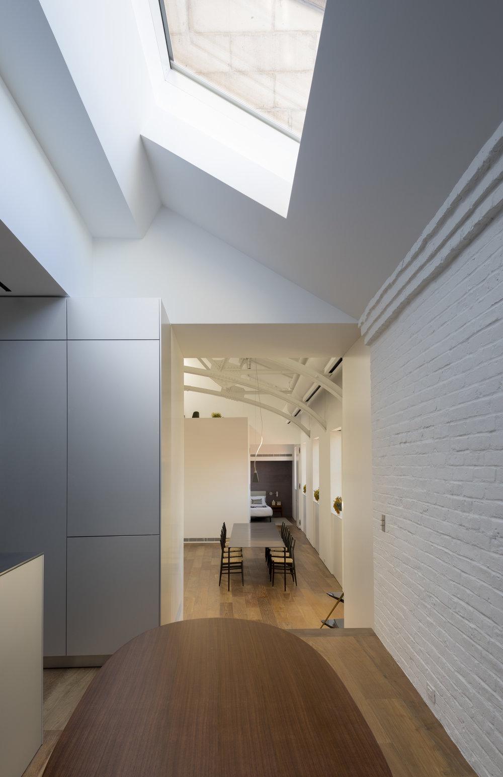 Police-Building-Apartment_Selldorf-Architects_Nicholas-Venezia_06.jpg