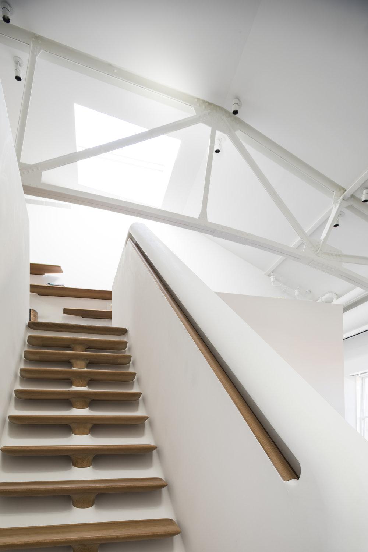 Police-Building-Apartment_Selldorf-Architects_Nicholas-Venezia_07.jpg