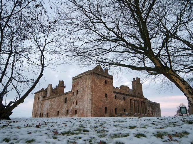 Linlithgow Palace, West Lothian -  via