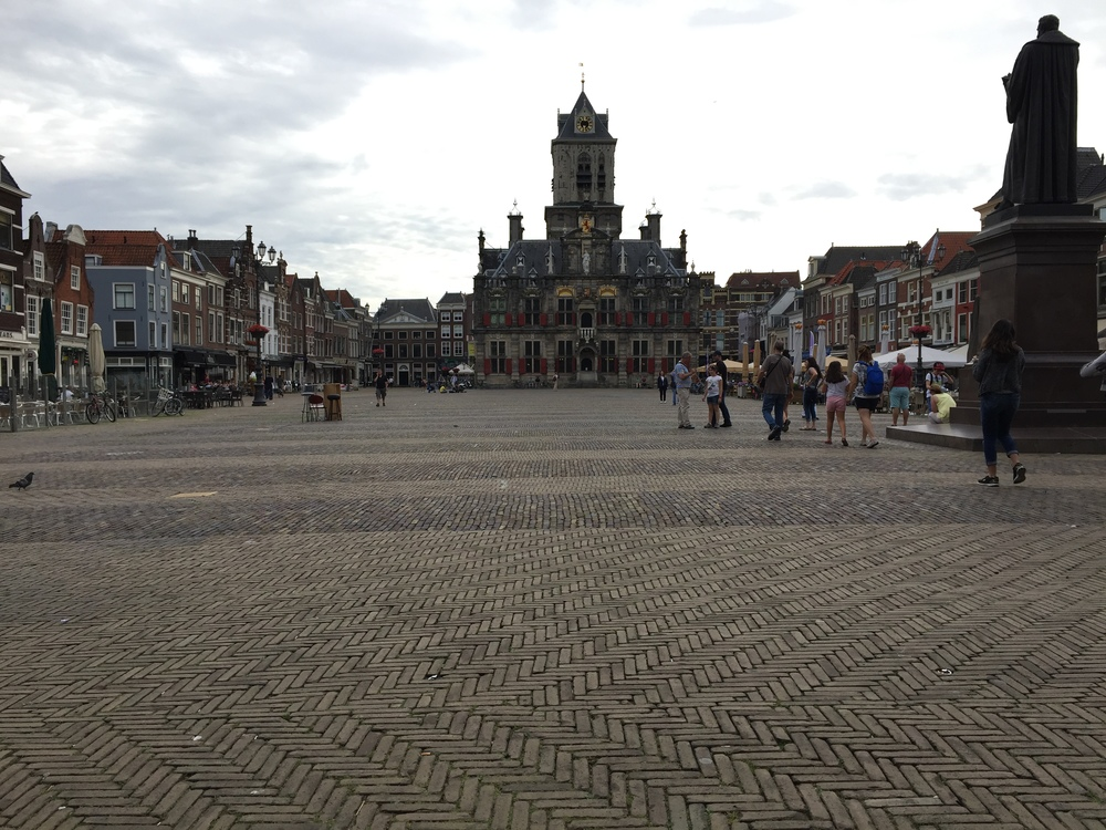 Located across from the Nieuwe Kerk on the Grote Markt, the old stadhuis no longer houses the municipal government, which now occupies a much uglier space on the Phoenixstraat.