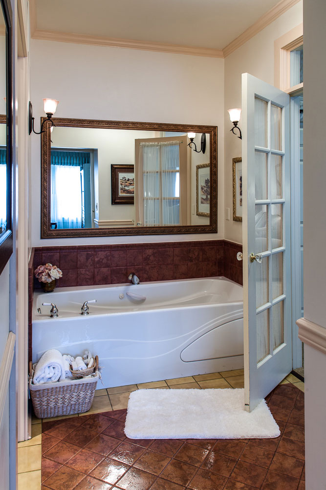 Fairhaven Suite - Bathroom