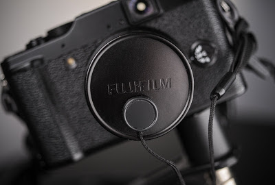 A lens keeper is the perfect accessory for the Fujifilm X10