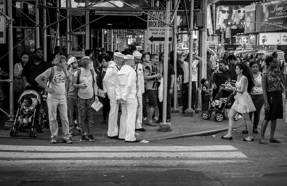 New York City and Times Square is a busy and crowed place. The small form factor of the X-Pro1 is perfect in these situations and most people hardly notice you taking photos. A real advantage in street photography. 1/125, f2.0 at ISO 320.