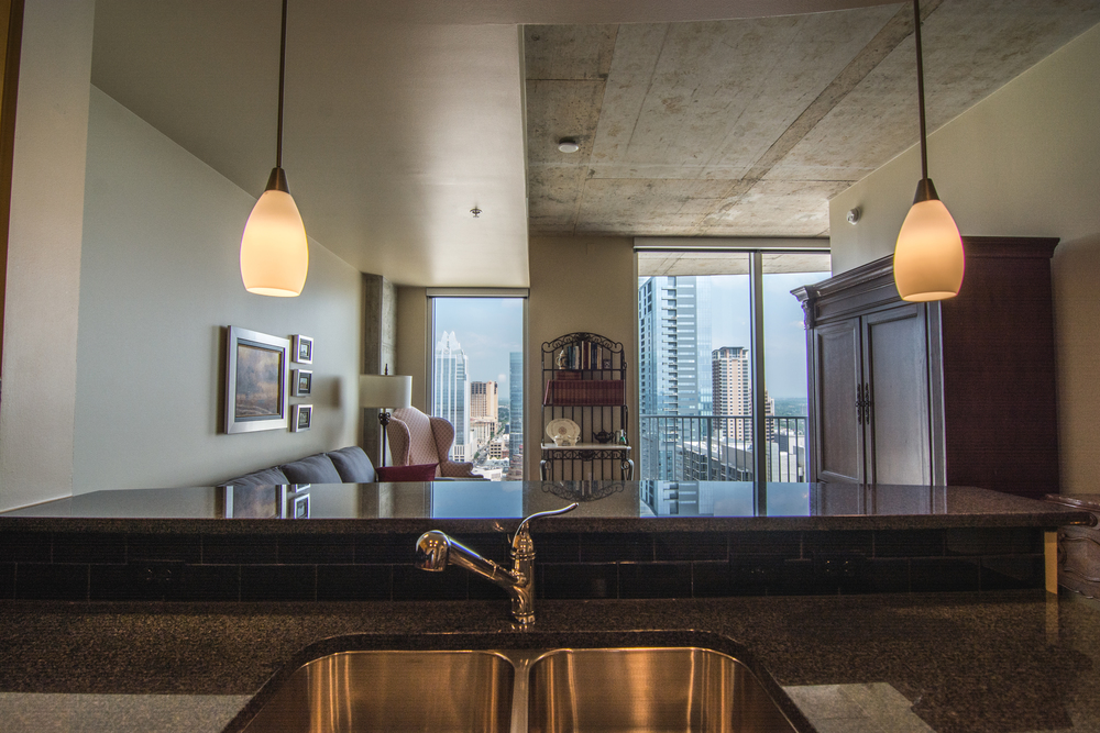 Luxury Condo with view of downtown Austin